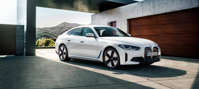 Новий BMW i4